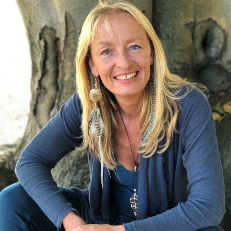 Clare Dubois