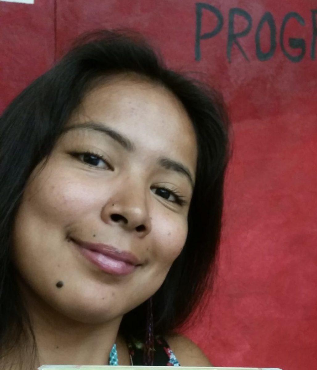 Paloma Flores